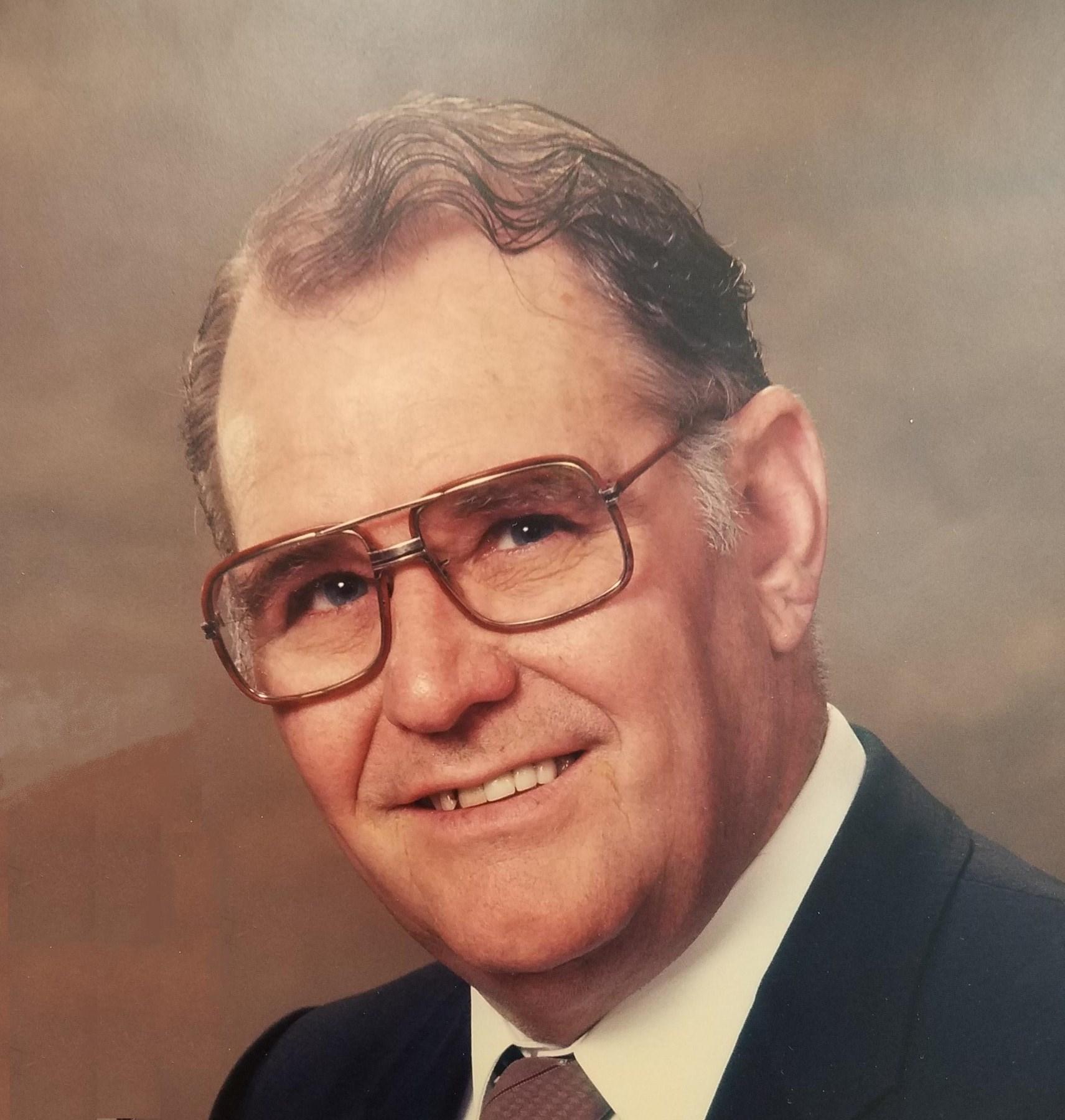 Walter W  Balg