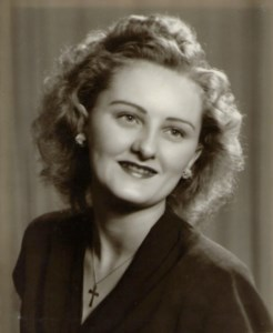 Thelma Lilian Evelyn  Hatfull