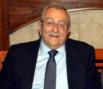 Robert P.  Schmerbauch