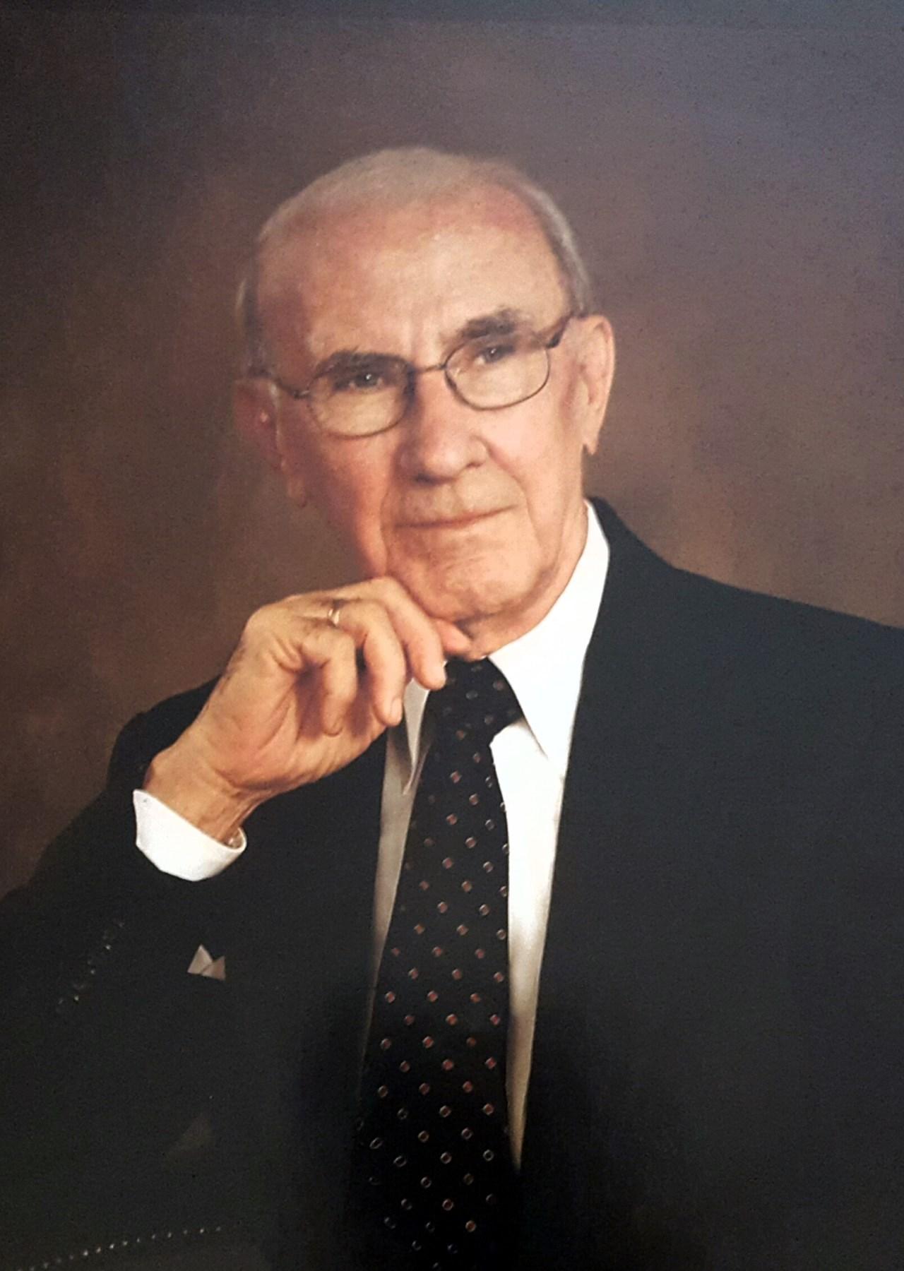 H.  Wayne  Luquer