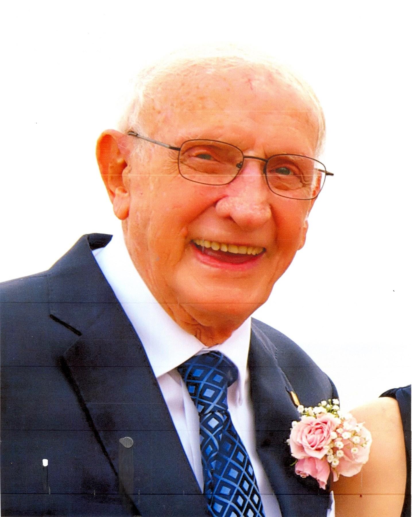 Howard W.  Whitsett