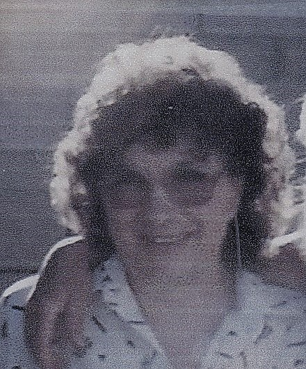 Gloria Jean  Juden
