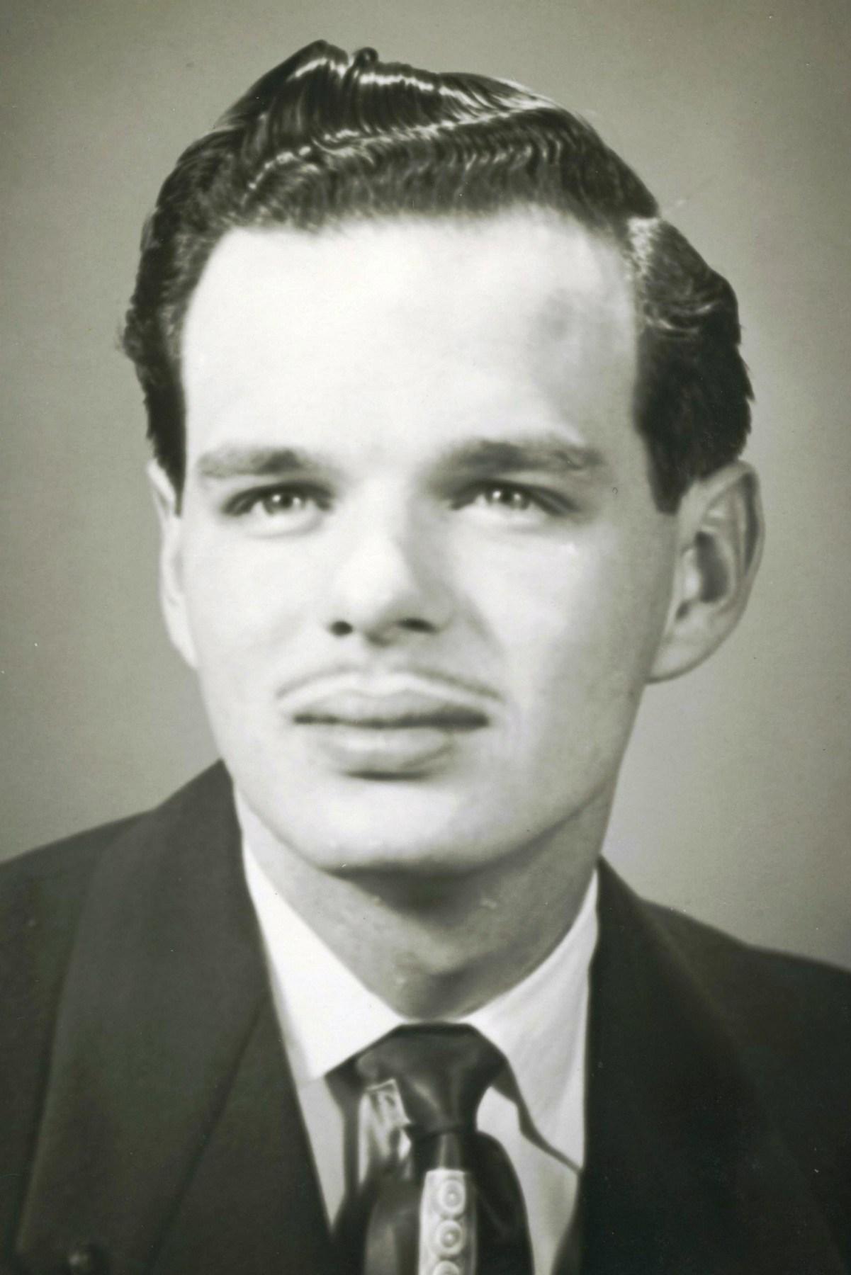 Douglas Martz Obituary - ,