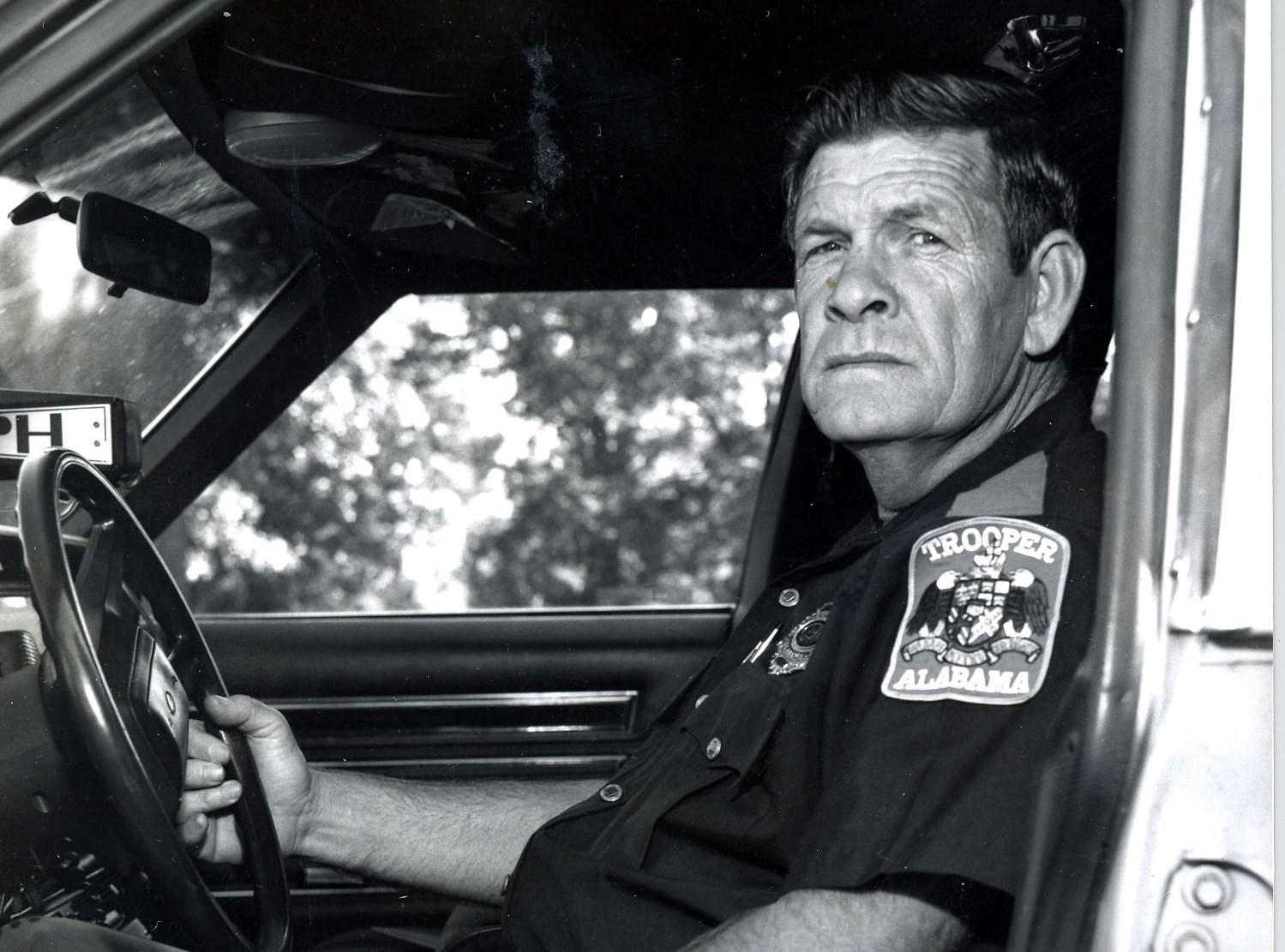 Mr. Joe Brown  Robertson
