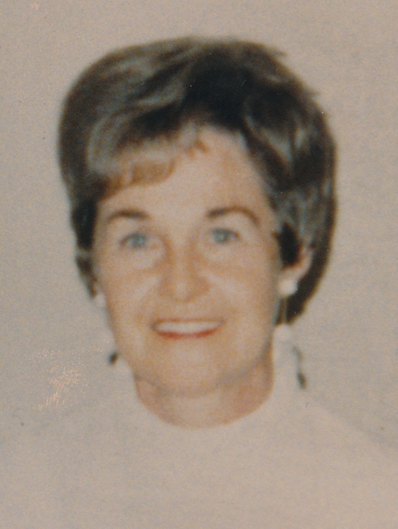 Communication on this topic: Una Stubbs (born 1937), leona-roberts/