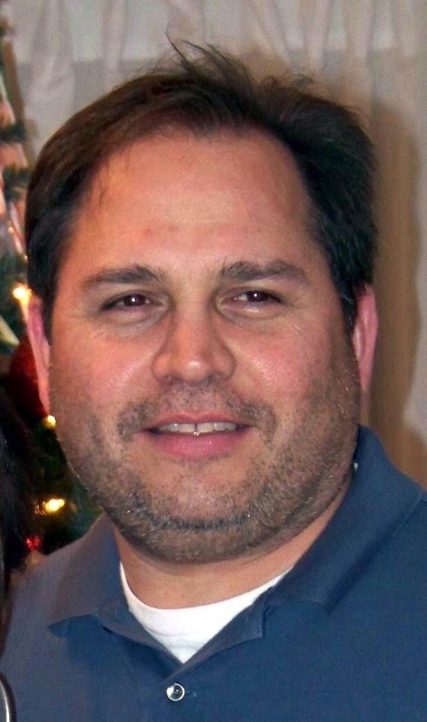 Roberto  Gutierrez, Jr.