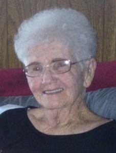 Carolyn  Bills