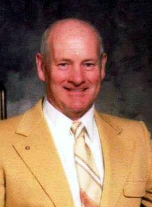 Earle L.  Lund Jr.