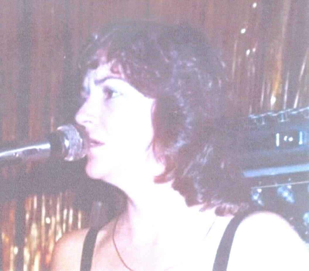 Linda Helen  Lowe