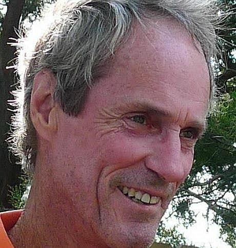 Robert Edward  Davis