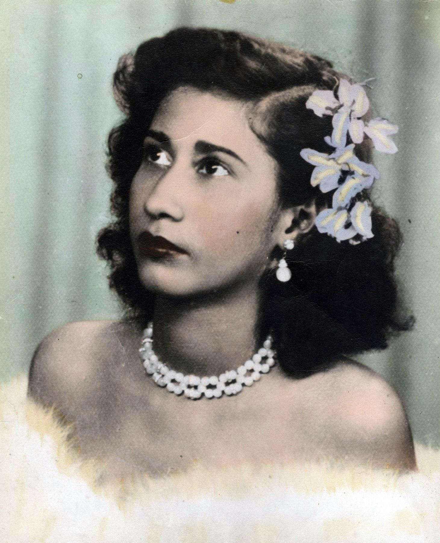 Doris E  Colon