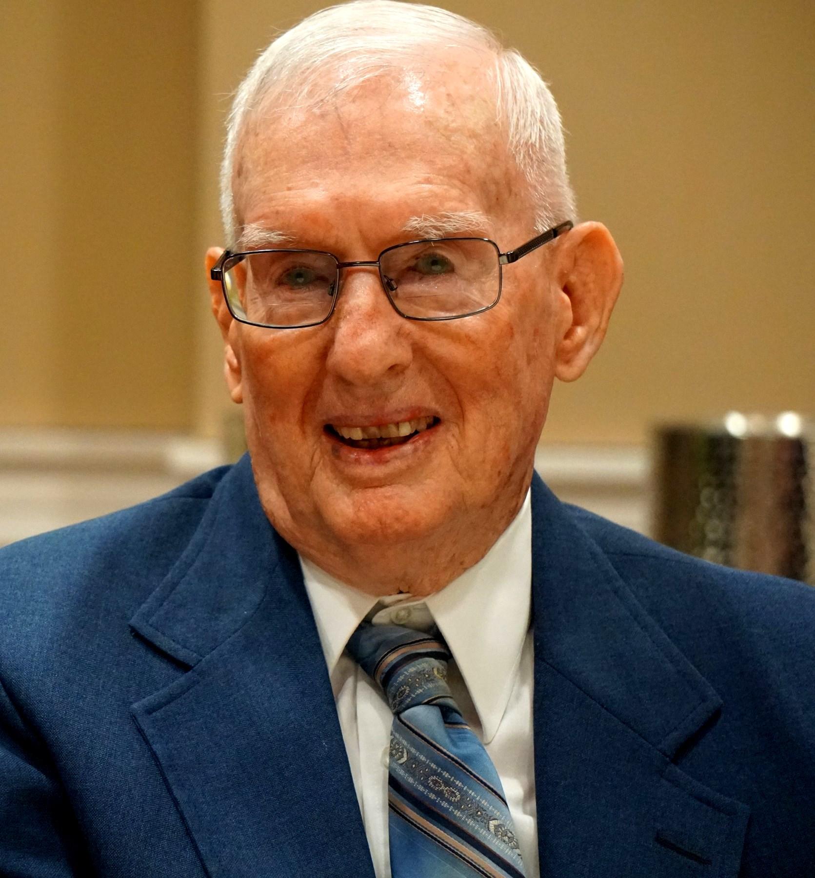 Robert D.  Lyon