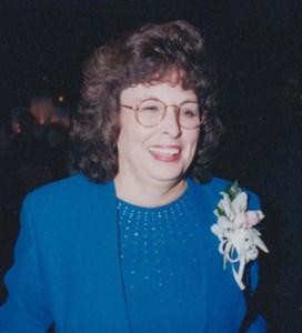 Lannie  Hampson