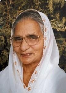 Charan Kaur  Dhillon