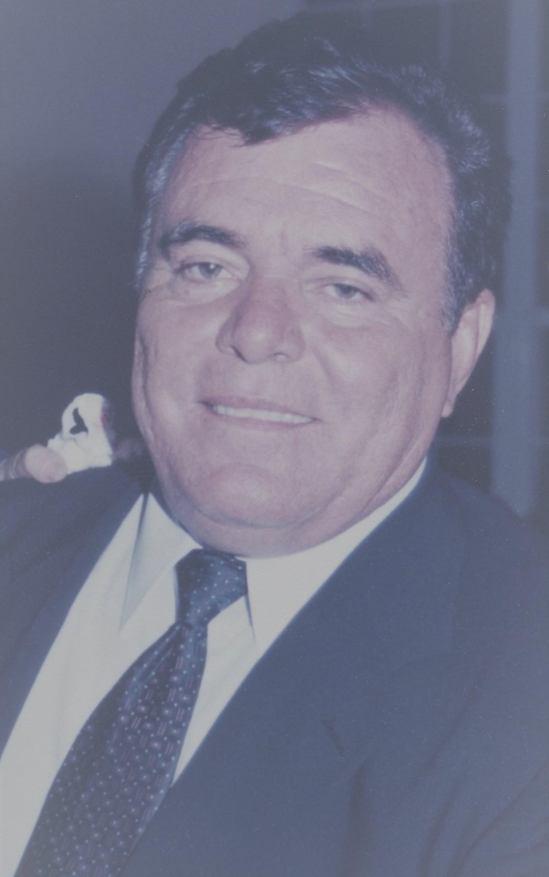 Raul F.  Muñiz