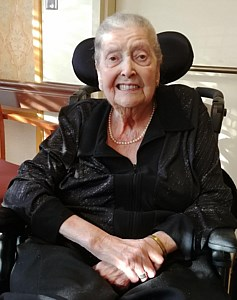 Violet Lillian  Nichol