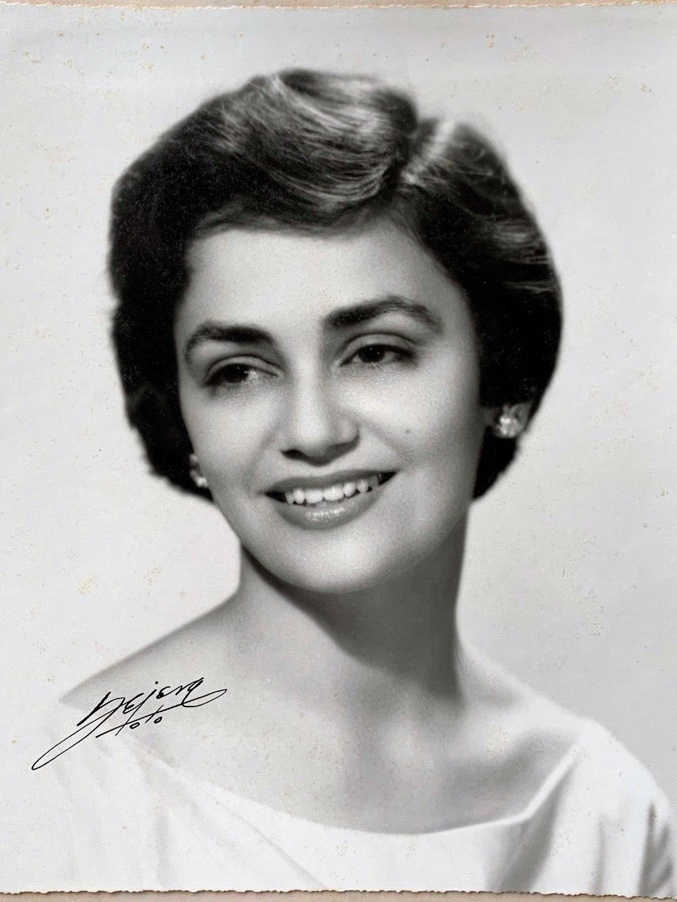Estefana N.  Herrera