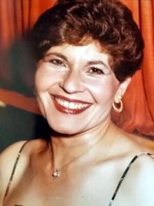 Helen  Stavrakos