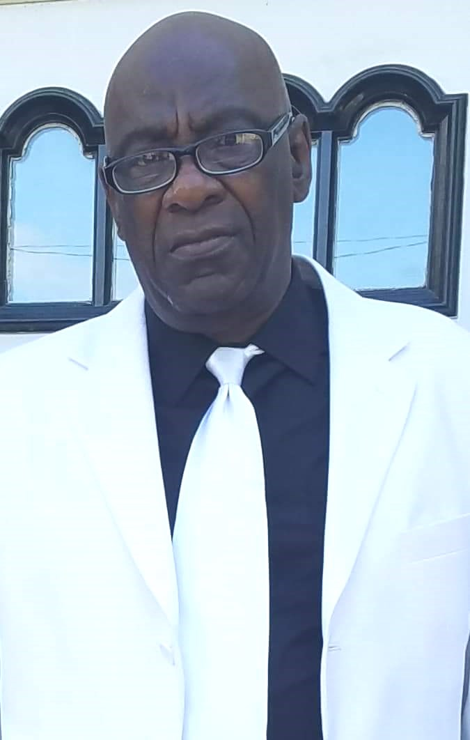 Roger Lee  Johnson Sr.