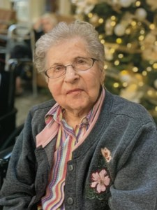 Verna Helen  Stoick