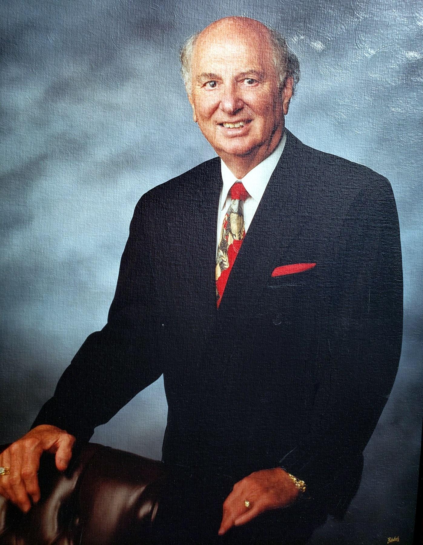 Dr. Bradley G.  Showalter