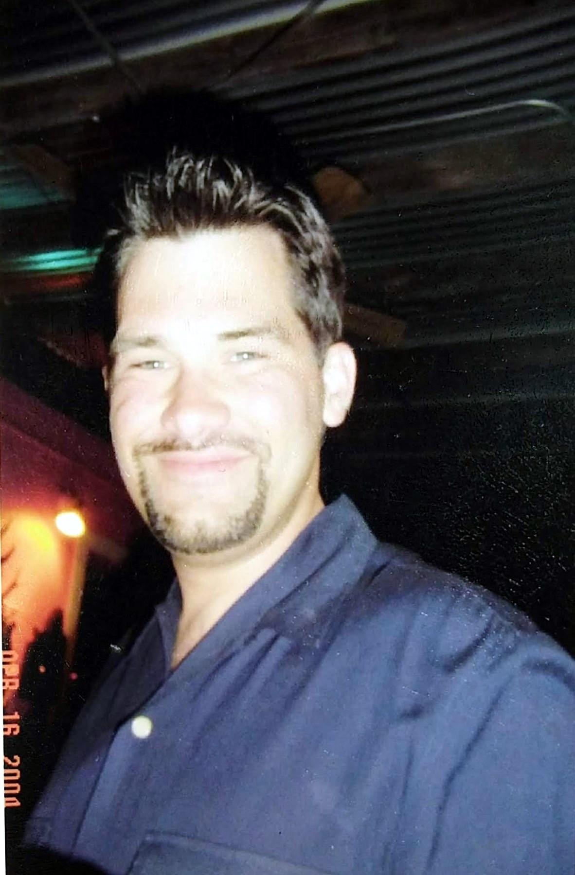 Peter Joel  Gleason