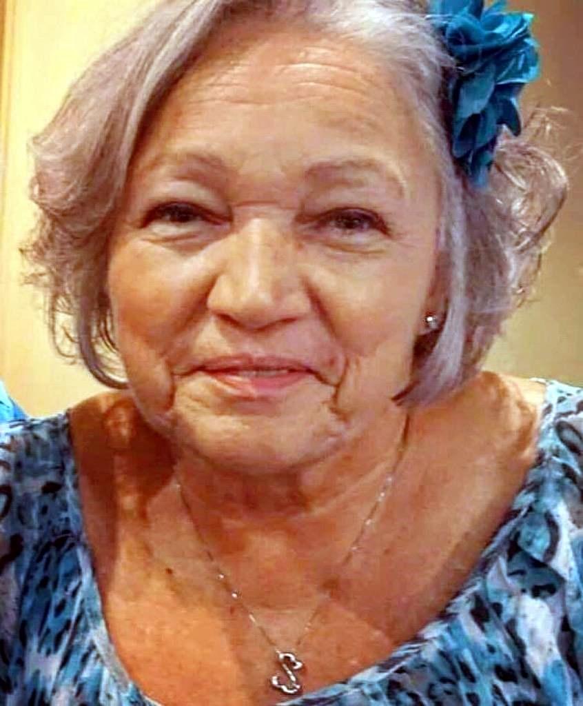 Lynn  Reynolds