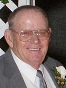 Earl Max  Curtis