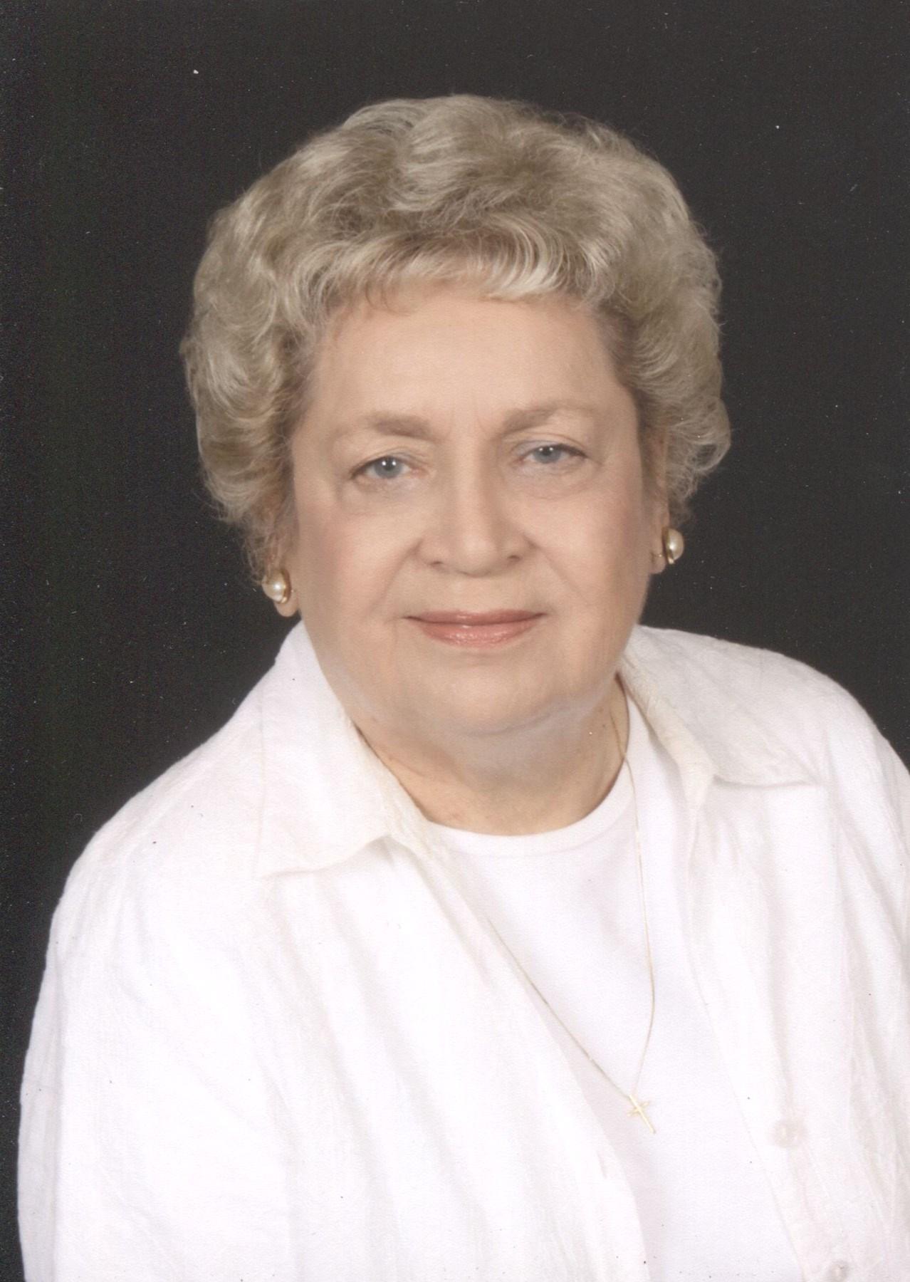 Peggy  Stiles McKown