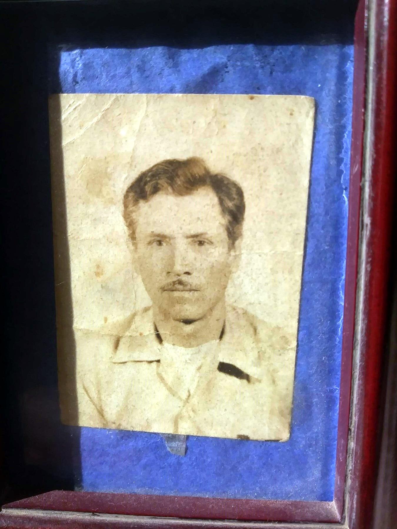 Lorenzo M.  Tovar