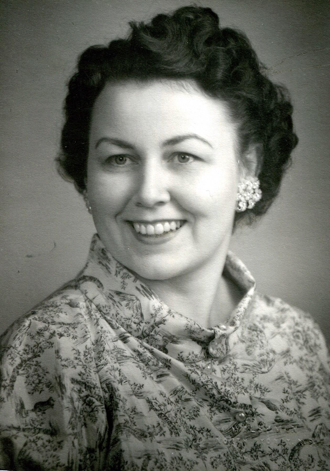 Cecilia J  MacKinnon Gora