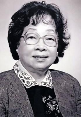 Man Ying Wong 黃朱曼英