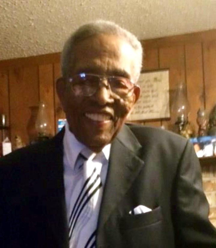 Willie  Thomas