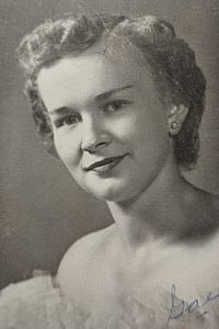 Ganelle R.  Kullbom