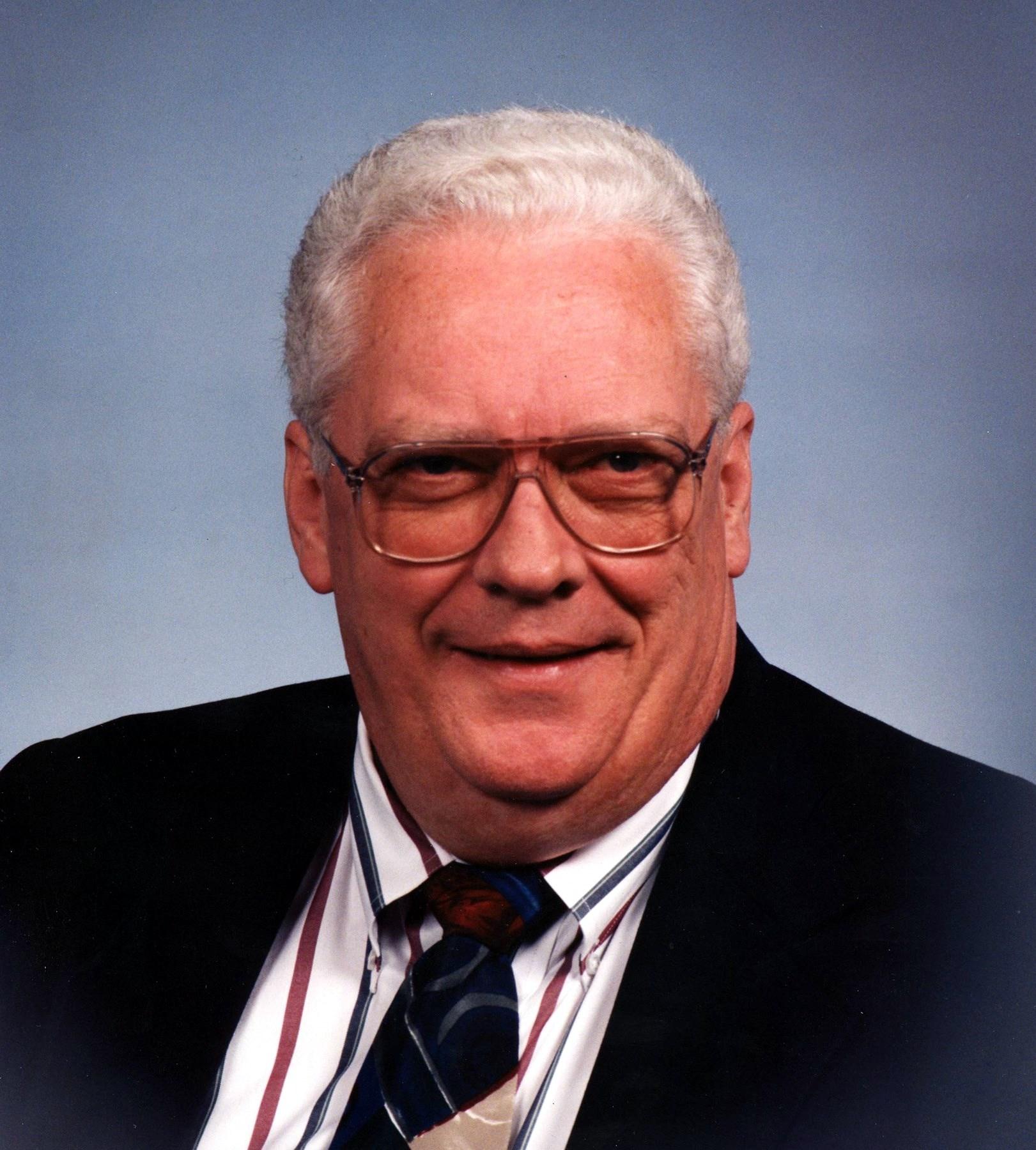 """Robert """"Bob"""" L.  McBride"""