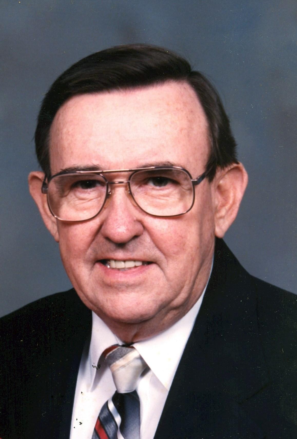 Bruce Leon  Albright