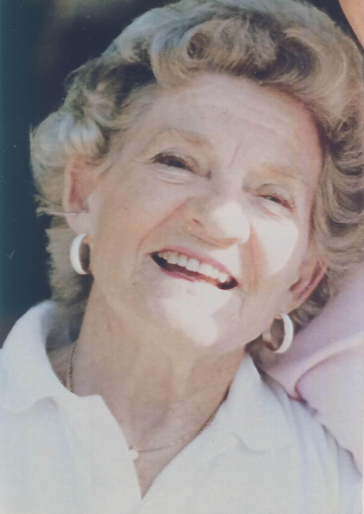 Lora Lee Gayer
