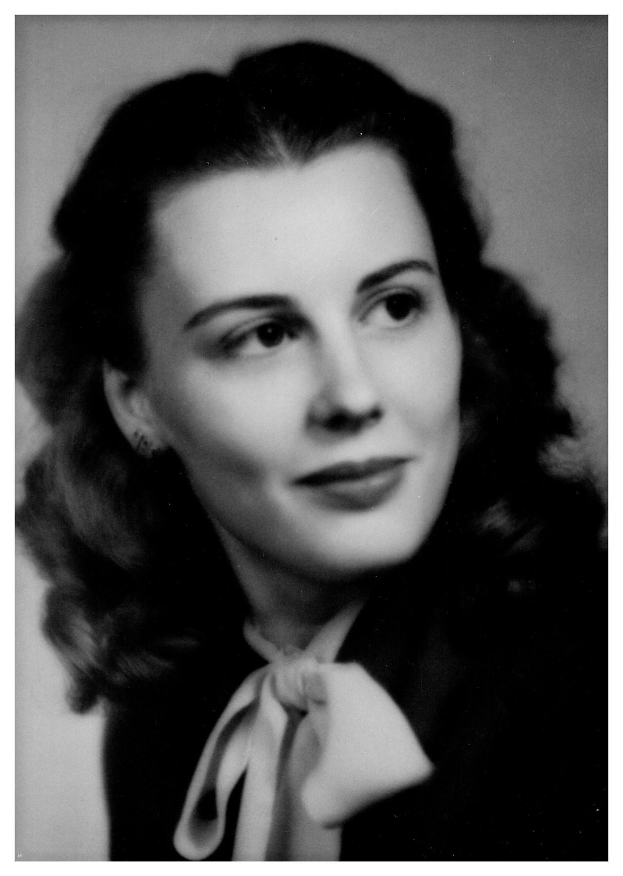 Lois D.  Christensen