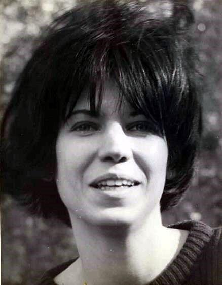 Sharon Lynn  Becker