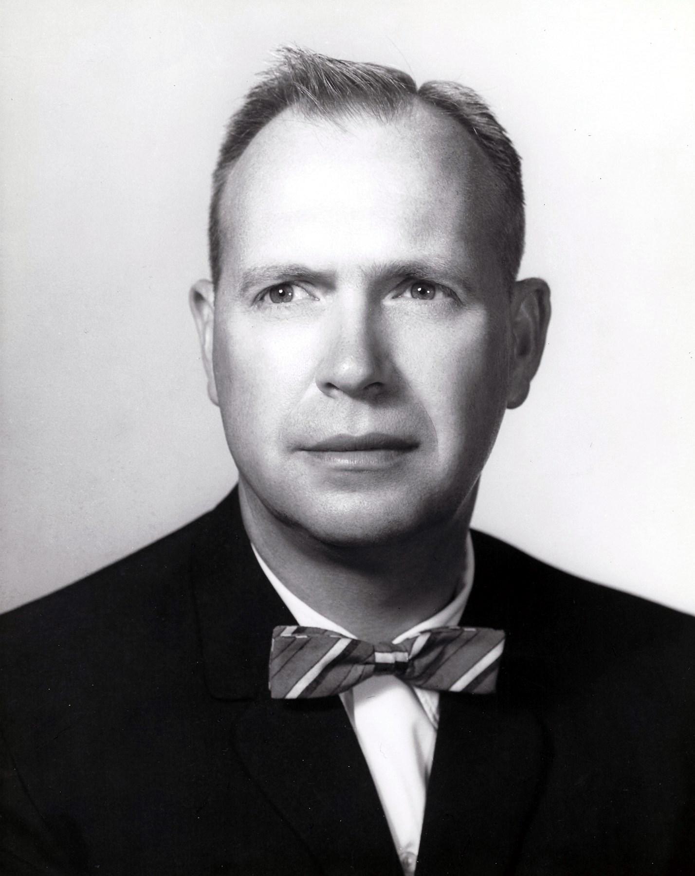 Dr. Neil  Worden