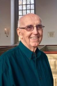 Robert E.  McVeigh