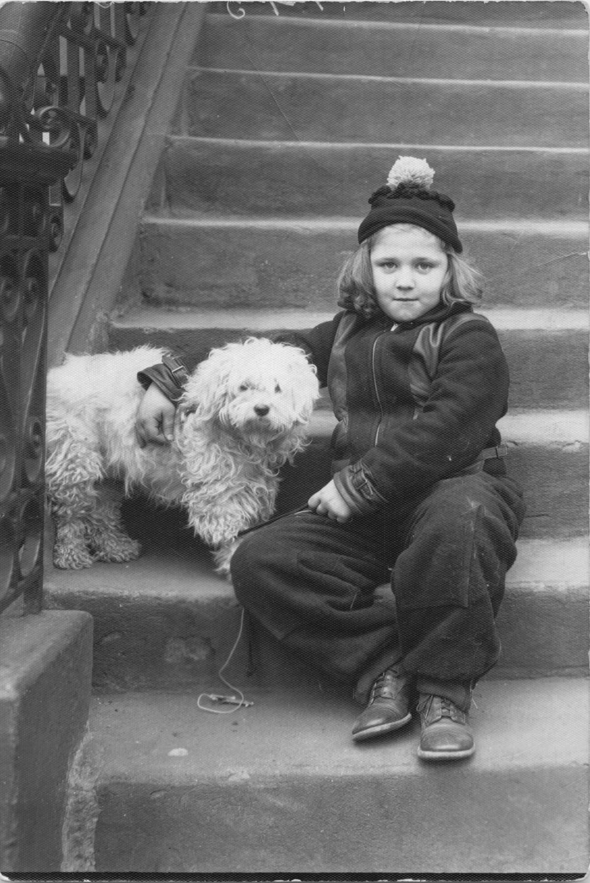 Berry Berenson,Antonie Hegerlikova Adult picture Wallis Currie-Wood,Joan Collins