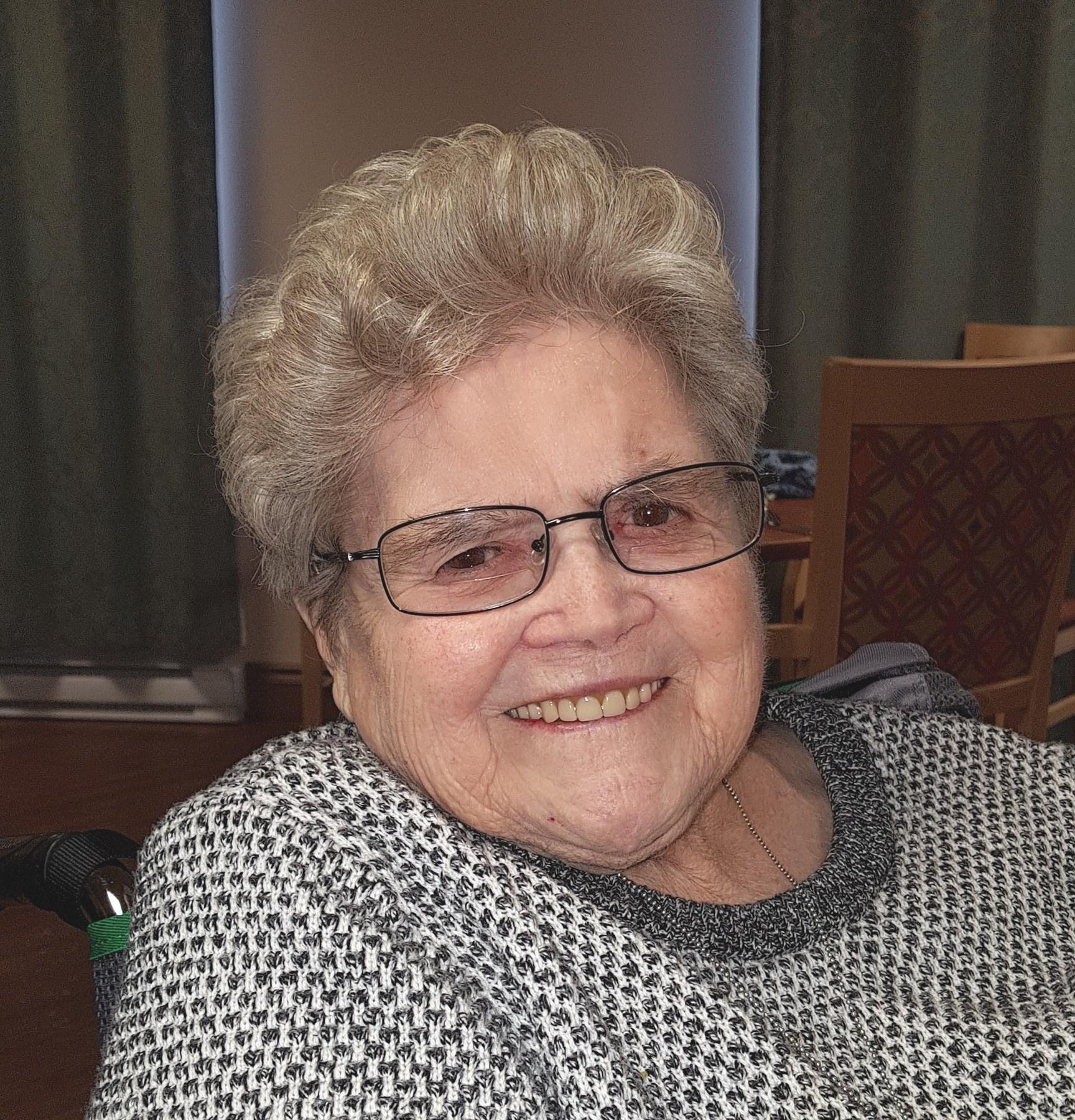 Lillian Emily  Butler