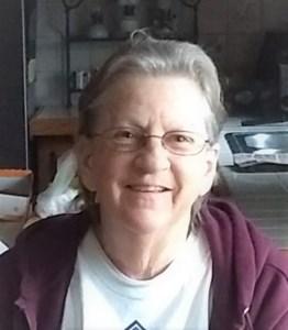 """Patricia """"Lynn"""" Davis  Sutton"""