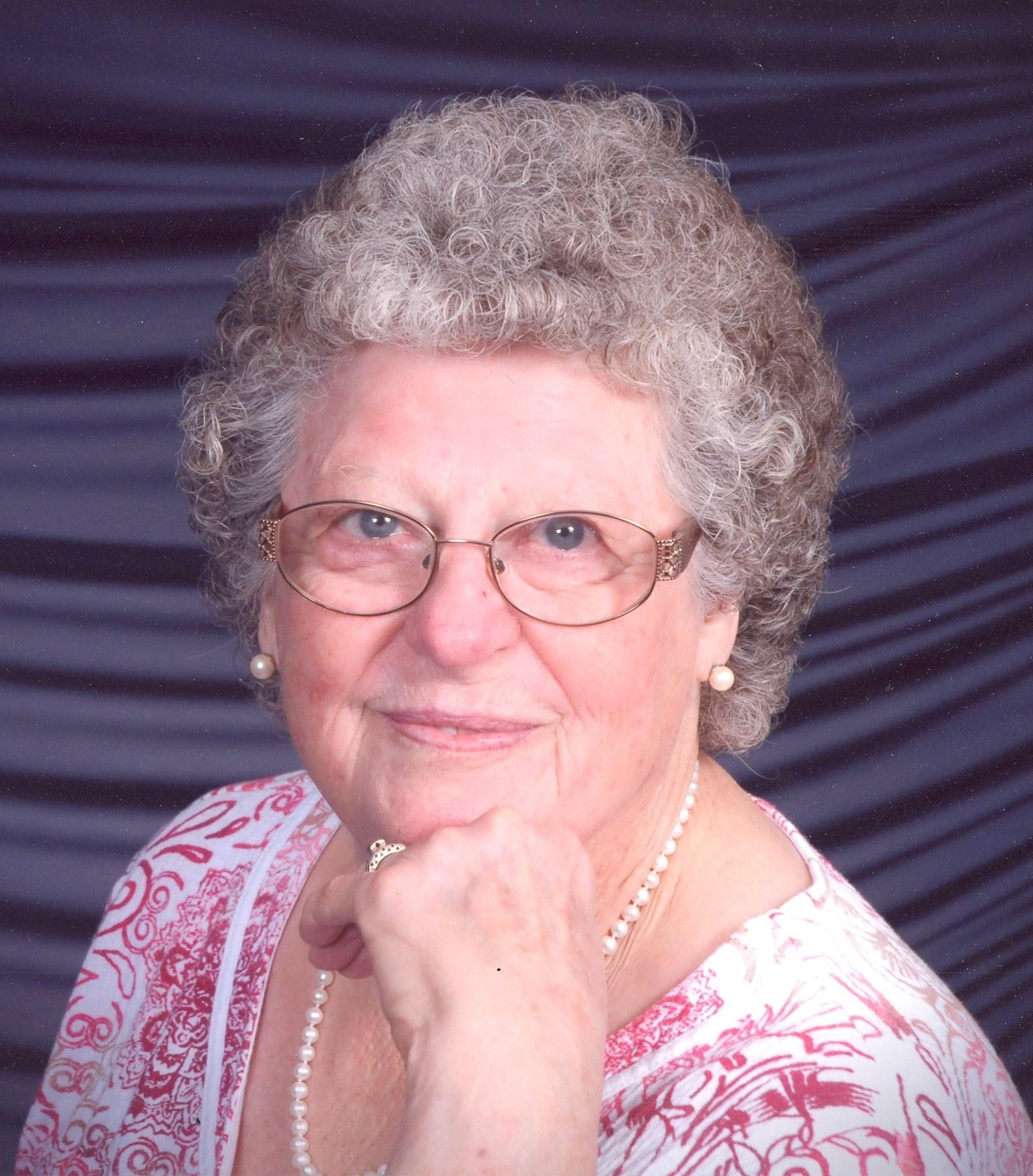 Tatiana Lysenko 3 Olympic medals in gymnastics,Glyn Houston (born 1926) Hot image Jessica Dunphy,Sun Feifei