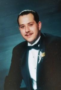 Dr. Edgar  Huezo MD