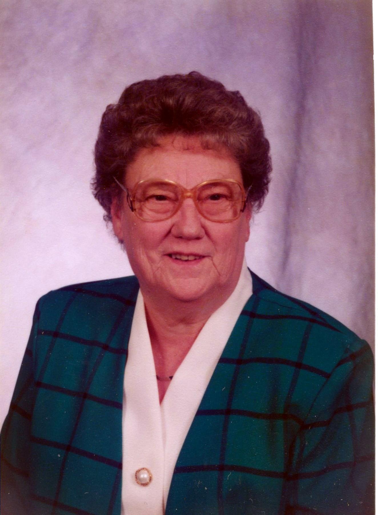 Edith J  Lowe