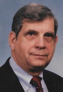 Dr. Fred T.  Grogan, M.D.