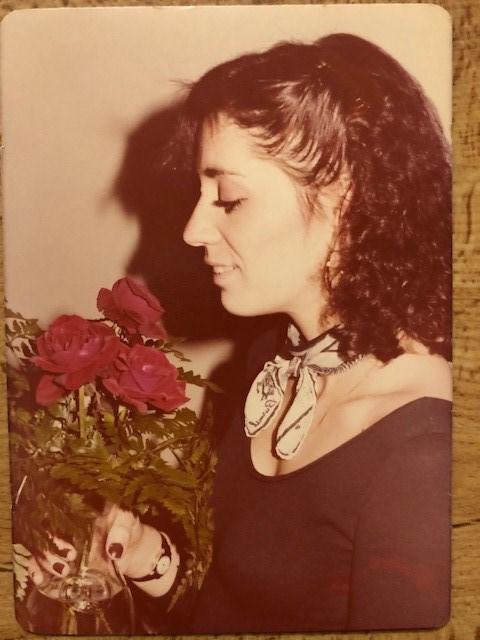 Laura G  Leone