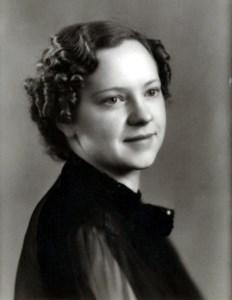 Virginia Davis  Montoya